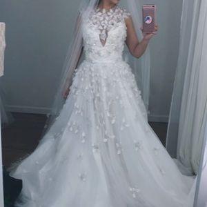 Wedding gown kleinfelds